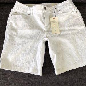 Simply Vera white Bermuda shorts